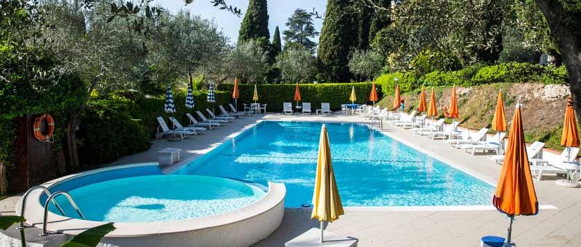 Hotel-Mon-Repos, Sirmione, Lake-Garda, Italy-outdoor-pool.jpg